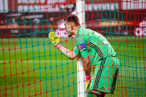 Игорь не пропустил в Лиге чемпионов!
