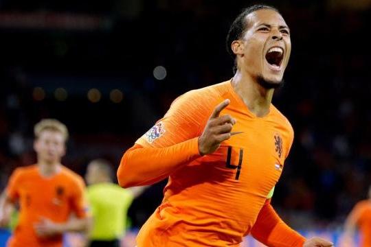Германия vs Нидерланды. Оранжевое настроение, или немцы бьются за французов