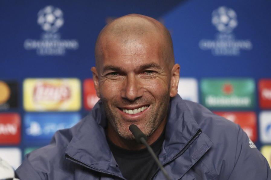Зидан вернулся в «Реал» на королевские обещания