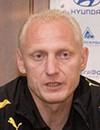 Эдуард Момотов