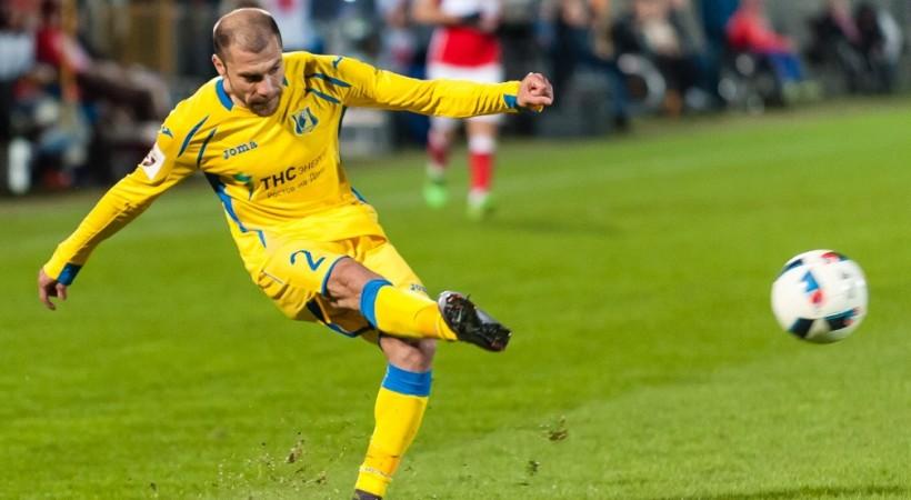 Русский  «Ростов» разгромил «Аякс» ивышел вгрупповой турнир Лиги чемпионов