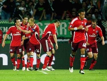 Отчет о матче «Вердер» - «Гамбург»: «Гостям - победа, имениннику - галстук»