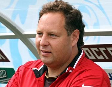 Константин Сарсания: «Некоторым футболистам нужно выходить на поле в памперсах»