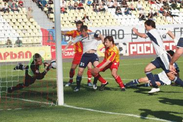 Первый дивизион, 33-й тур: «Великолепная четверка»