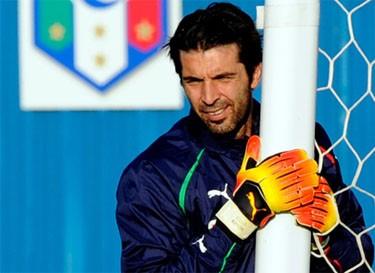 Италия и Парагвай сыграли вничью