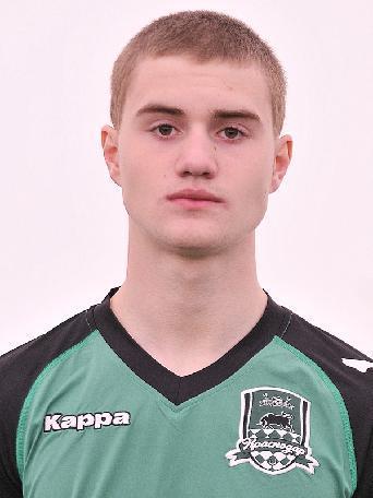 Максим Старков