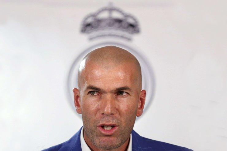 4 тура, 4 очка. «Реал» всё ближе к короне, в «Барселоне» не понимают VAR