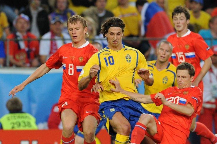 Ибрагимович и игроки сборной России