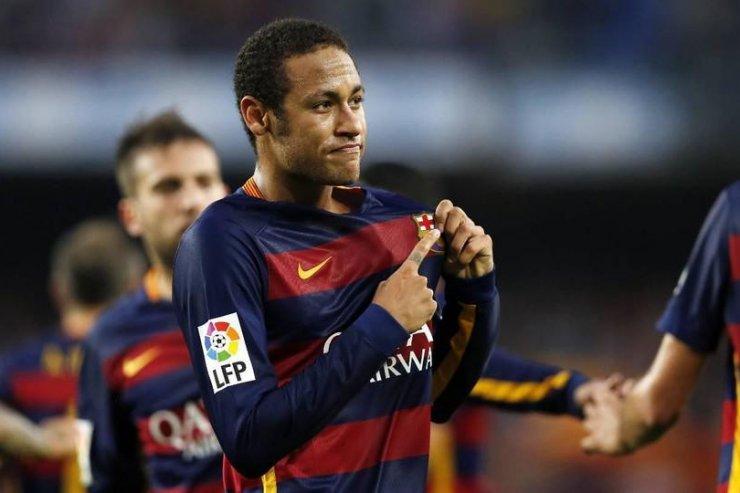 Барселона несобирается возвращать Неймара— вице-президент клуба
