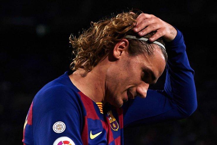 Семь причин, почему Гризманн не заиграл в «Барселоне»