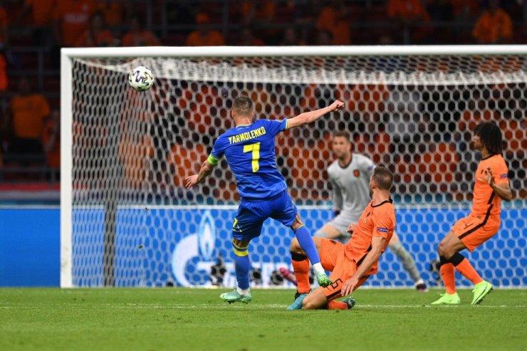 Исторический камбэк закончился поражением. Нидерланды вырвали победу у Украины в огненном матче
