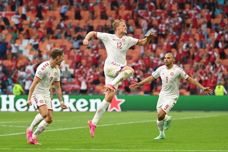 Дубль Дольберга продолжил сказку Дании на Евро. Уэльс стал заложником игры на отбой