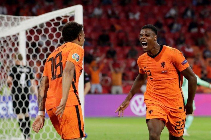 Неудержимый Думфрис и игра в прессинг. Нидерланды – в плей-офф Евро