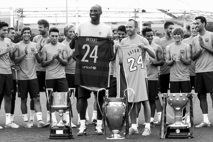 Брайант и игроки «Барселоны»