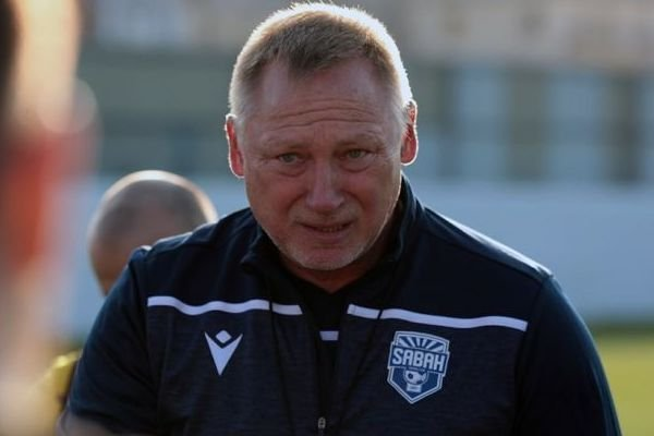 Главный тренер «Сабаха» Пономарев