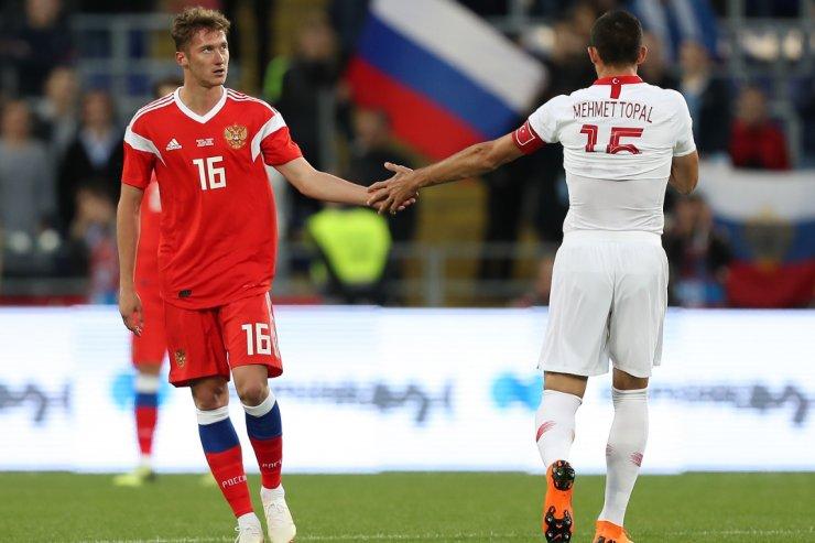 Миранчук и Мехмет Топал