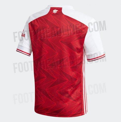 Появились фотографии новой домашней формы «Арсенала»