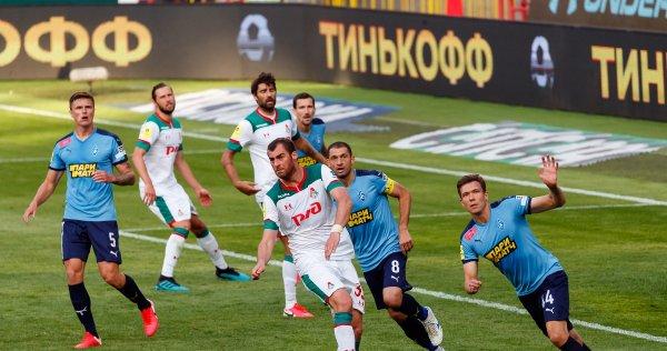«Крылья Советов» едва не обыграли «Локомотив» в первом матче Талалаева (фото)