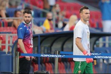 Магкеев обнимает Заболотного и красивый приём Смолова. «Локомотив» одержал волевую победу над ЦСКА