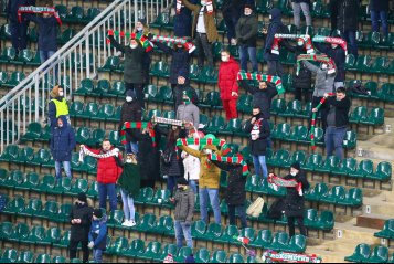 Стычка игроков, кульбит Адейеми и дубль Бериши. «Локомотив» дома проиграл «Зальцбургу» (фото)