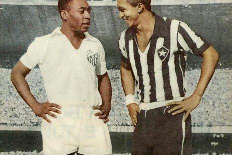 В сборной Бразилии он дважды играл под №10 когда на поле был Пеле